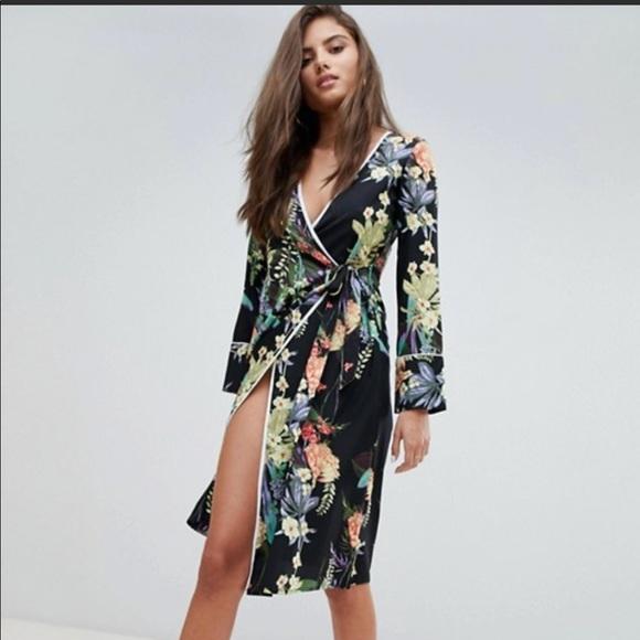 4ac4821dbafd Boohoo Dresses & Skirts - Boohoo Floral Tie Side Midi Dress